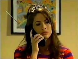 Sarah Beaumont in Neighbours Episode 2978