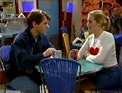 Lance Wilkinson, Amy Greenwood in Neighbours Episode 2978