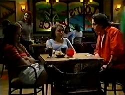 Sarah Beaumont, Libby Kennedy, Darren Stark in Neighbours Episode 2978
