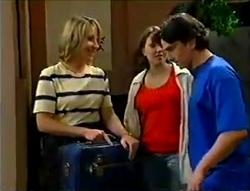 Ruth Wilkinson, Libby Kennedy, Darren Stark in Neighbours Episode 2978