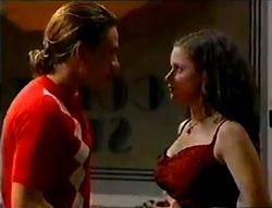 James Bowen, Caitlin Atkins in Neighbours Episode 2979