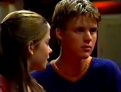 Anne Wilkinson, Billy Kennedy in Neighbours Episode 2979