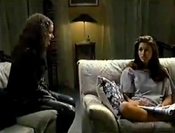 Caitlin Atkins, Sarah Beaumont in Neighbours Episode 2980