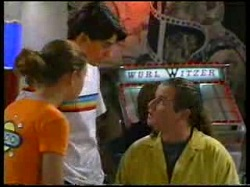 Hannah Martin, Paul McClain, Toadie Rebecchi in Neighbours Episode 3054