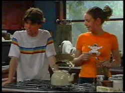 Paul McClain, Hannah Martin in Neighbours Episode 3054