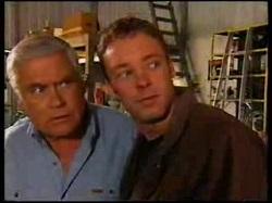 Lou Carpenter, Ben Atkins in Neighbours Episode 3076