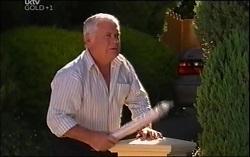 Lou Carpenter in Neighbours Episode 4725