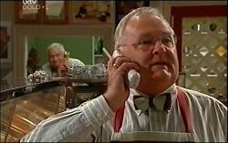 Lou Carpenter, Harold Bishop in Neighbours Episode 4725