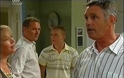 Steph Scully, Max Hoyland, Boyd Hoyland, Bobby Hoyland in Neighbours Episode 4727