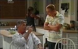 Steph Scully, Bobby Hoyland, Boyd Hoyland in Neighbours Episode 4727