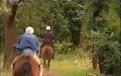 Bobby Hoyland, Boyd Hoyland in Neighbours Episode 4727