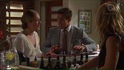 Sonya Rebecchi, Aaron Brennan, Steph Scully in Neighbours Episode 7311