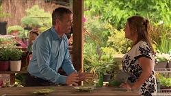 Paul Robinson, Terese Willis in Neighbours Episode 7312
