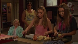 Sheila Canning, Kyle Canning, Xanthe Canning, Piper Willis in Neighbours Episode 7313