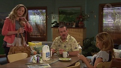 Sonya Mitchell, Toadie Rebecchi, Steph Scully in Neighbours Episode 7315