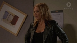 Steph Scully in Neighbours Episode 7316