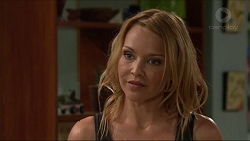Steph Scully in Neighbours Episode 7318