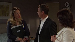 Sonya Mitchell, Paul Robinson, Julie Quill in Neighbours Episode 7320