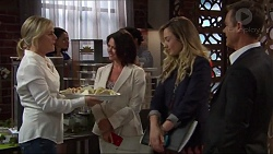 Lauren Turner, Julie Quill, Sonya Mitchell, Paul Robinson in Neighbours Episode 7320