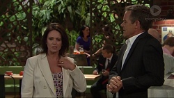 Julie Quill, Paul Robinson in Neighbours Episode 7320