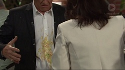 Paul Robinson, Julie Quill in Neighbours Episode 7320