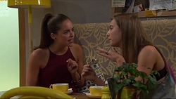 Paige Smith, Piper Willis in Neighbours Episode 7321