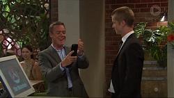 Paul Robinson, Daniel Robinson in Neighbours Episode 7321