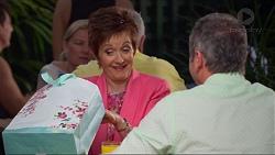 Susan Kennedy, Karl Kennedy in Neighbours Episode 7323