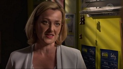 Philippa Hoyland in Neighbours Episode 7323