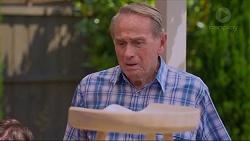 Doug Willis in Neighbours Episode 7325
