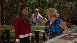 Paige Novak, Sheila Canning in Neighbours Episode 7327