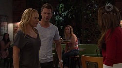 Steph Scully, Mark Brennan, Paige Novak in Neighbours Episode 7327