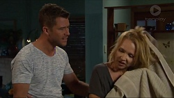 Mark Brennan, Steph Scully in Neighbours Episode 7328