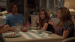 Brad Willis, Piper Willis, Terese Willis in Neighbours Episode 7328