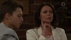 Archie Quill, Julie Quill in Neighbours Episode 7329