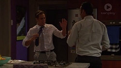 Aaron Brennan, Tom Quill in Neighbours Episode 7329