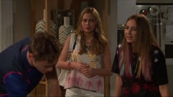 Brodie Chaswick, Xanthe Canning, Piper Willis in Neighbours Episode 7331