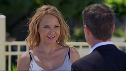 Steph Scully, Paul Robinson in Neighbours Episode 7332
