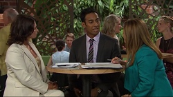 Julie Quill, Tom Quill, Terese Willis in Neighbours Episode 7332