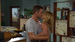 Mark Brennan, Steph Scully in Neighbours Episode 7333