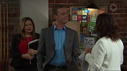 Terese Willis, Paul Robinson, Julie Quill in Neighbours Episode 7335