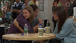 Brad Willis, Piper Willis, Paige Smith in Neighbours Episode 7337
