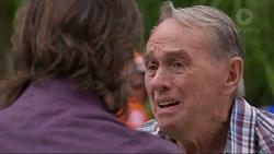 Brad Willis, Doug Willis in Neighbours Episode 7338