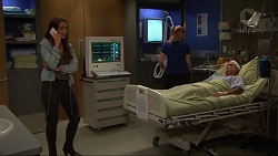 Paige Smith, Sandra Kriptic, Jack Callahan in Neighbours Episode 7338