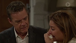 Paul Robinson, Terese Willis in Neighbours Episode 7339