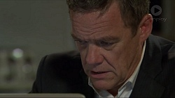 Paul Robinson in Neighbours Episode 7339