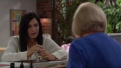 Sarah Beaumont, Sheila Canning in Neighbours Episode 7342