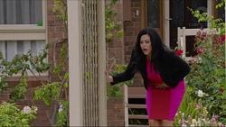 Sarah Beaumont in Neighbours Episode 7347