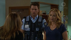 Terese Willis, Mark Brennan, Steph Scully in Neighbours Episode 7347