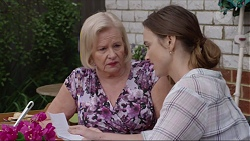 Sheila Canning, Amy Williams in Neighbours Episode 7348